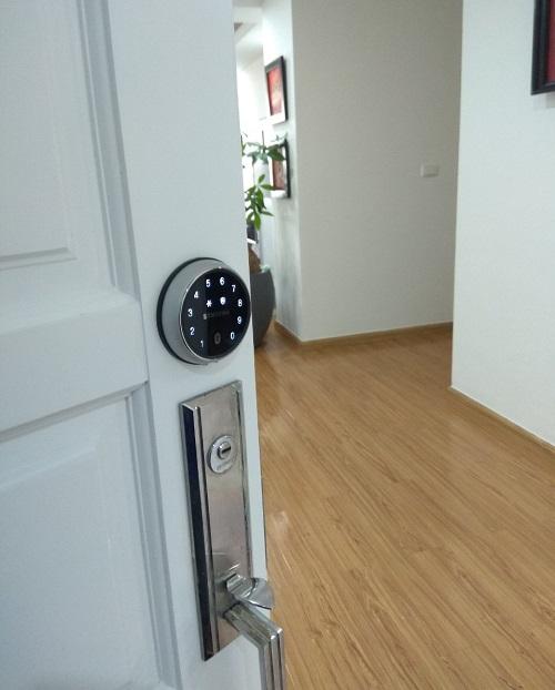 Khoá cửa điện tử SAMSUNG SHP-DS705MK/EN - Được Phân Phối Tại Hà Nội 365